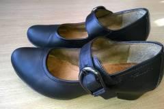 farbowanie-obuwia