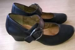 zmiana-koloru-obuwia-skorzanego