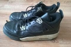 Custom buty Jordan4-- wygląd przed zmianą