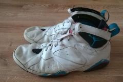 Custom butyj Jordan7 wygląd przed zmianą