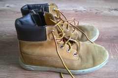 czyszczenie butów timberland -stan poczatkowy