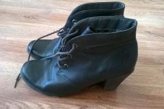 Malowanie butów damskich - wygląd przed zmianą