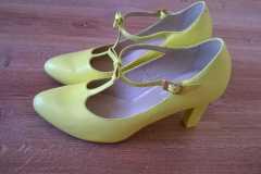 malowanie koloru butów ślubnych - efekt końcowy