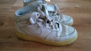 Buty Nike przed zmianą widok z boku