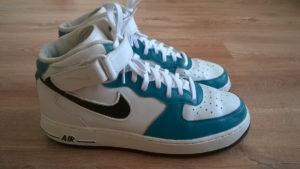 Bok butów Nike po zakończeniu prac