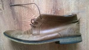 Renowacja starych butów z skóry