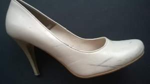 Odnowa skórzanych butów damskich